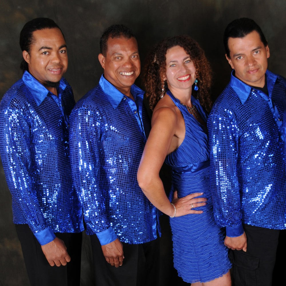 Hire salsa bands to play tropical music