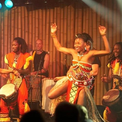 Zulu drummers and dancers